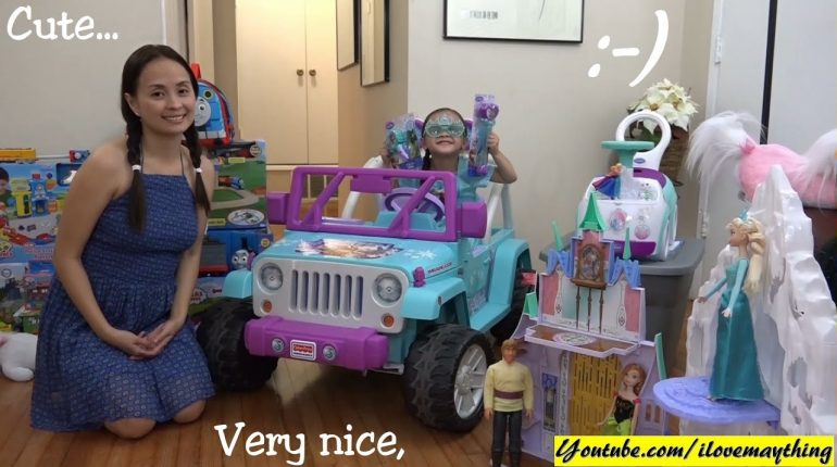 A Lot of Disney Frozen Accessories, Toys, Dolls and Stuff! Playti...