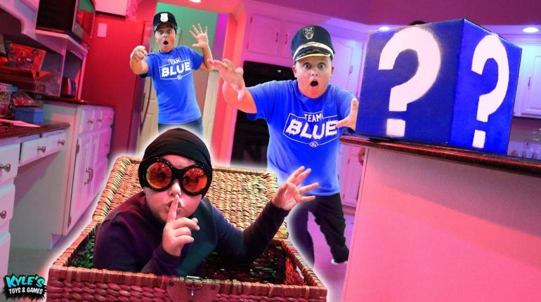 CYBER SPY SECURITY BREACH! Pretend Play Cops and Robbers Mystery ...