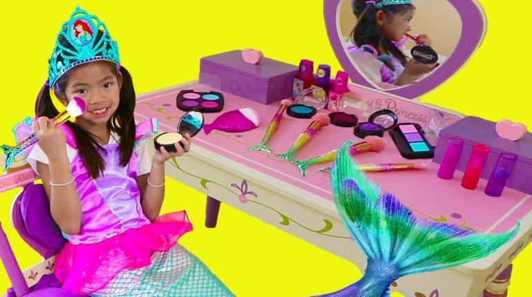 Emma Pretend Play Dress Up Disney Princess Ariel Little Mermaid T...