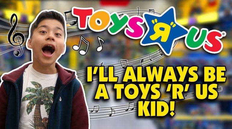"""I DON'T WANNA GROW UP - Toys """"R"""" Us Jingle - Family Music Video w..."""
