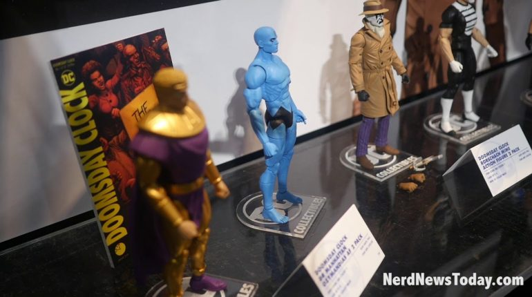 NY Toy Fair 2018 - DC Collectibles Core Statues & Essentials figu...